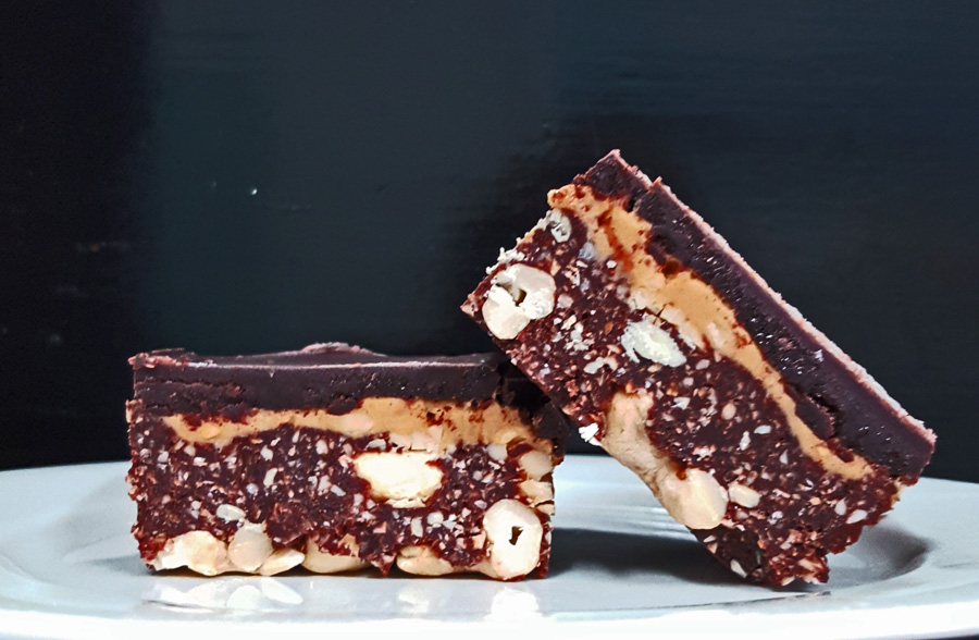Raw Chocolate Peanut Butter Slice